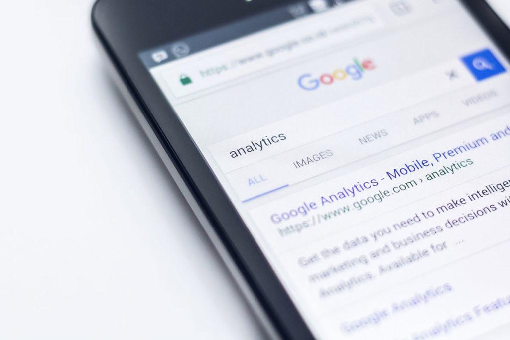 تنبيه البحث باستخدام تضمين نتائج البحث وكيفية ظهوره على نتائج البحث على جوجل